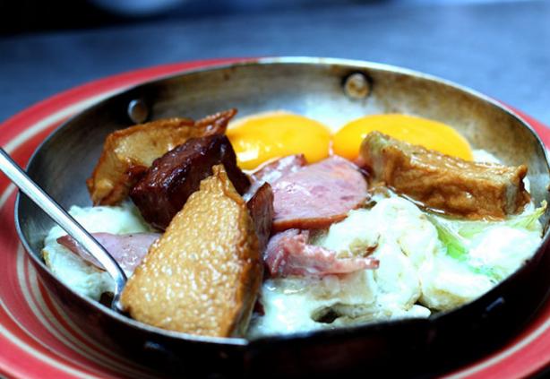 Bánh mỳ Hòa Mã là một quán ăn ngon ở Sài Gòn (Ảnh ST)