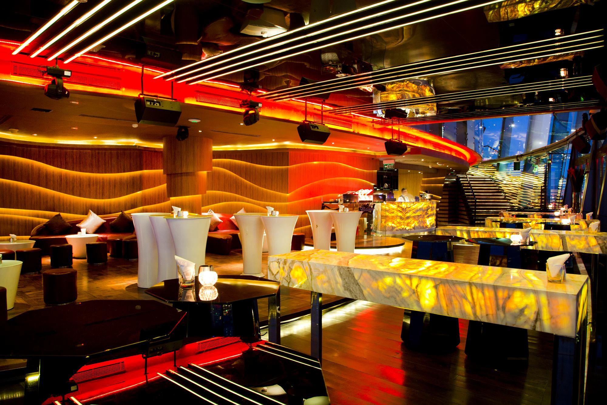 Những bar club Sài Gòn hút khách nhất hiện nay